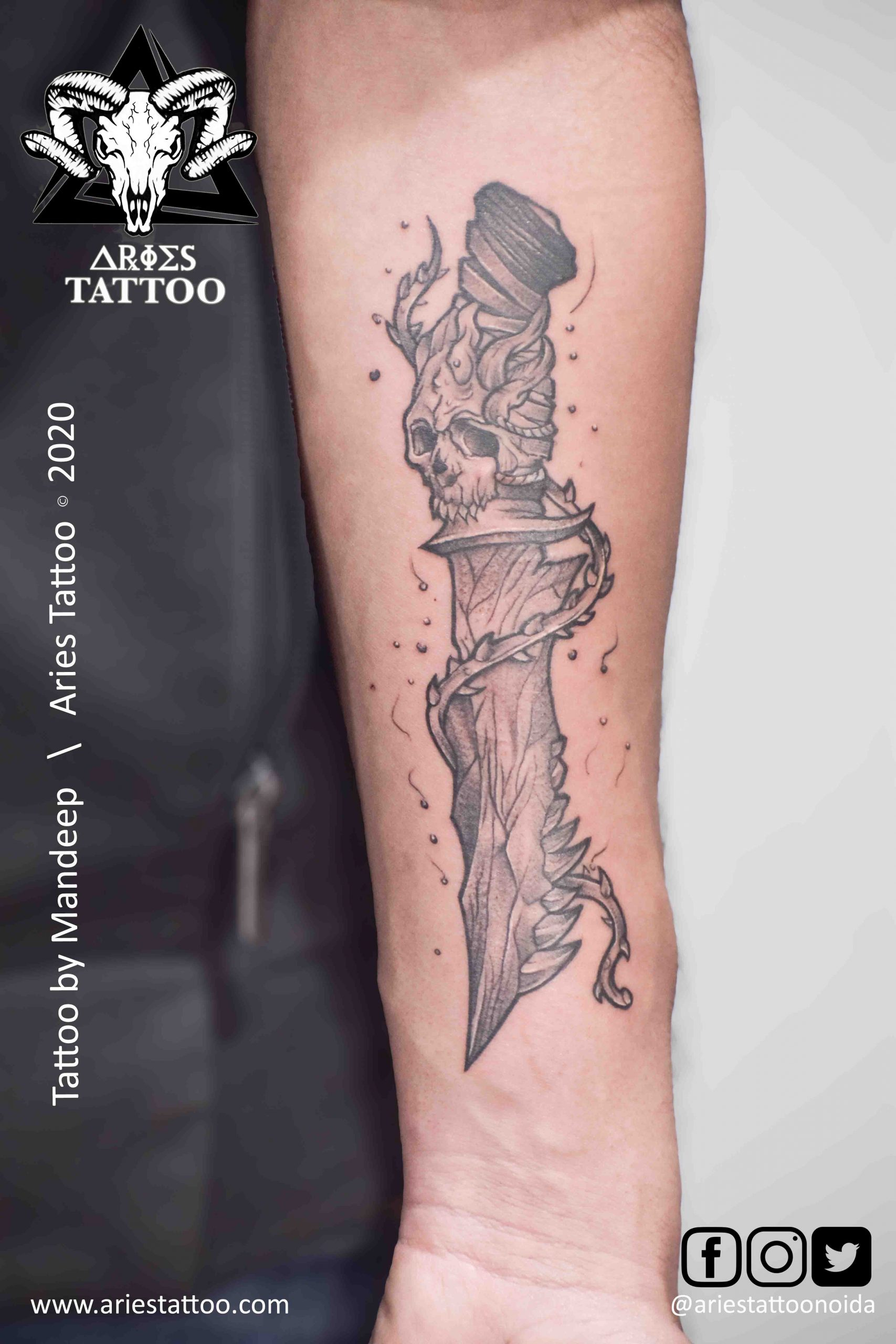 Custom knife skull Tattoo mandeep | |Aries Tattoo Noida | Tattoo Shop and Studio In Noida